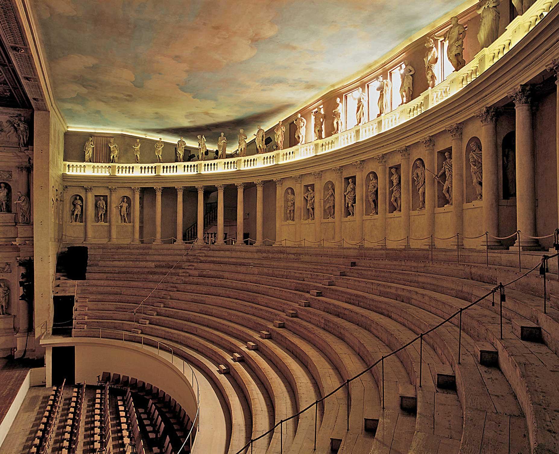 PalladioTeatroOlimpico.jpg